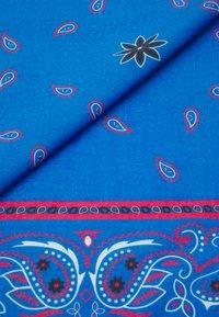 Mennace - PAISLEY PRINT BANDANA UNISEX - Foulard - blue - 2