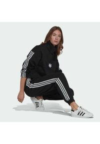 adidas Originals - TRACKPANT - Tracksuit bottoms - black - 4
