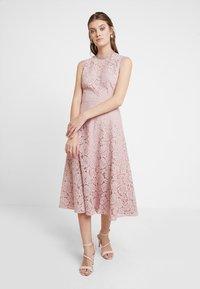 mint&berry - Cocktail dress / Party dress - rose - 1