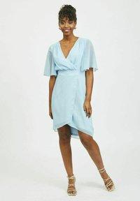 Vila - VIRILLA 2/4 SLEEVE DRESS - Vestito elegante - cashmere blue - 1