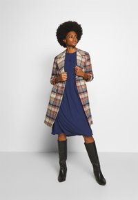 Rich & Royal - DRESS WITH PIN TUCKS AND PLISSEE - Denní šaty - deep blue - 1