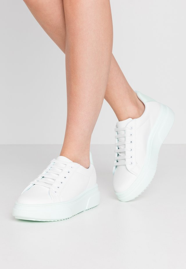 CANADA LACE UP TRAINER - Tenisky - mint