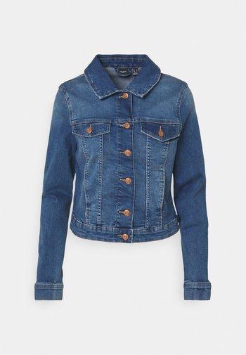 VMTINE SLIM JACKET - Jeansjakke - medium blue denim