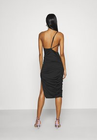 Missguided - ONE SHOULDER RUCHED CUT OUT MIDI DRESS - Cocktail dress / Party dress - black - 2