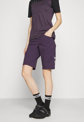 RANGER 2-IN-1 - Krótkie spodenki sportowe - dark purple