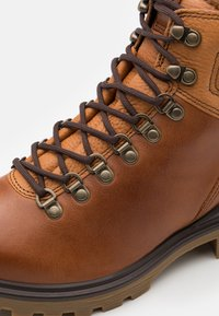 ECCO - TREDTRAY - Lace-up ankle boots - amber - 3