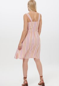 Sugarhill Brighton - QUEENIE OMBRE STRIPE - Day dress - pink - 2