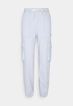 PANTS - Pantaloni cargo - azure pastel