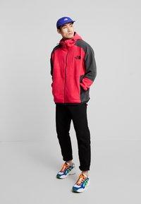 The North Face - RAGE CLASSIC HOODIE - Fleece jacket - rose red/asphalt grey - 1