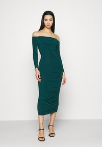 Missguided - BARDOT SLINKY RUCHED MIDAXI DRESS - Jerseykjole - deep green - 0