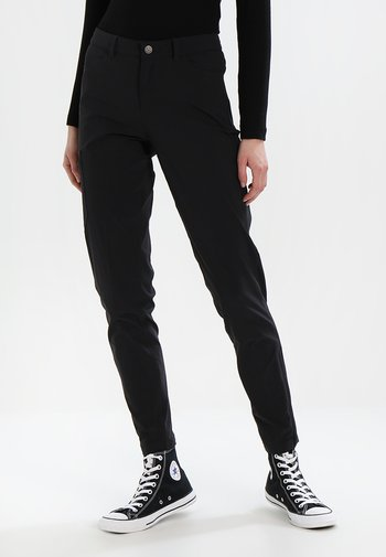 SKYLINE TRAVELER PANTS - Kalhoty - black