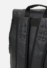 Spiral Bags - TRANSPORTER - Batoh - black - 4