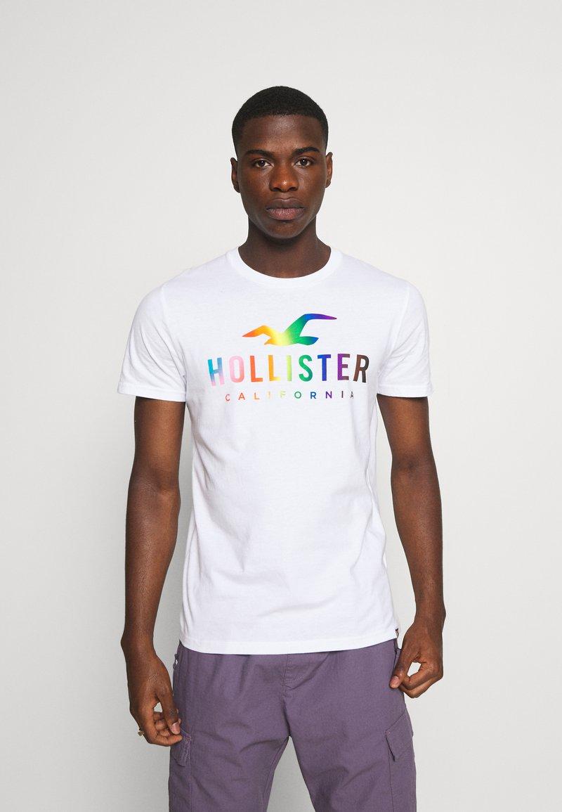 Hollister Co. - Triko spotiskem - white