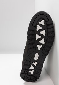 The North Face - B-TO-B REDX - High-top trainers - black - 4