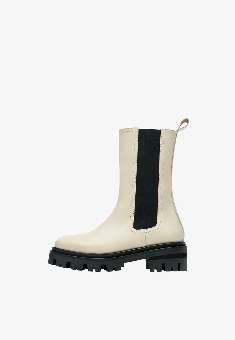 Uterqüe - Vysoká obuv - beige