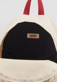 Tommy Jeans - TJM CAMPUS  BACKPACK - Plecak - beige - 4