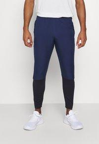 Nike Performance - Trainingsbroek - midnight navy/black - 0