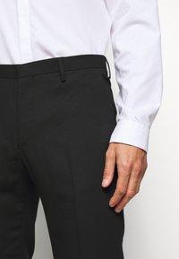Tiger of Sweden - THODD - Pantalon de costume - black - 3