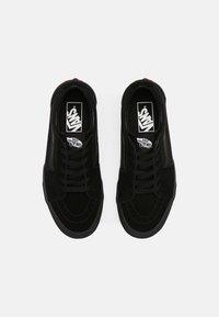 Vans - SK8 UNISEX - Skate shoes - black - 3