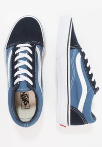 Vans - OLD SKOOL - Sneakersy niskie - navy/true white - 0