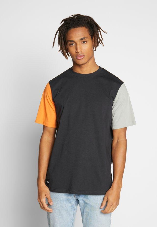 VANCOUVER T-SHIRT - T-shirt basique - black
