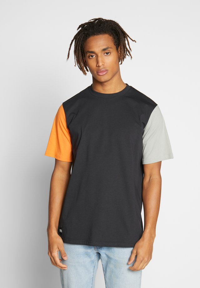 VANCOUVER T-SHIRT - Camiseta básica - black