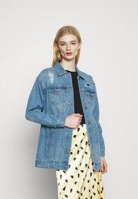 Vero Moda - VMOLIVIA JACKET - Denim jacket - medium blue denim - 0