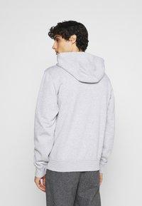 Lacoste - CLASSIC HOODIE - Sweatshirt - silver chine/elephant grey - 2