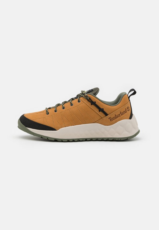 SOLAR WAVE - Sneakers laag - wheat