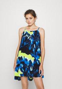 Superdry - DAISY BEACH DRESS - Denní šaty - blue - 0