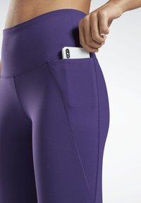Reebok - LUX SPEEDWICK LEGGINGS - Leggings - purple - 4