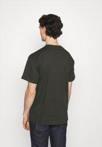 Carhartt WIP - TEEF  - Print T-shirt - cypress - 2