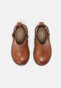 Friboo - LEATHER BOOTIES - Kotníkové boty - cognac - 3