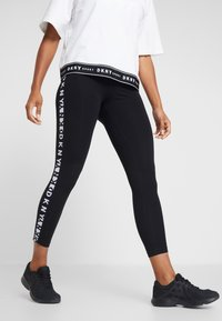 DKNY - TWO TONE LOGO HIGH WAIST LEGGING - Leggings - black - 0
