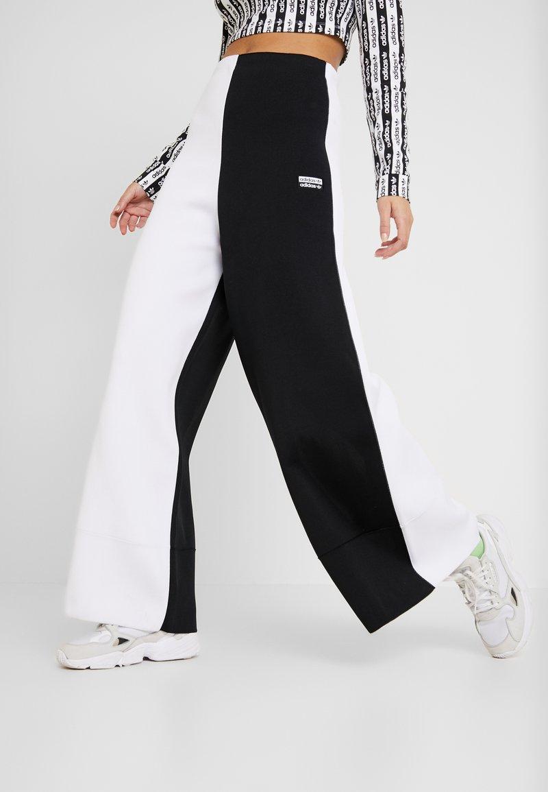 adidas Originals - PANT - Träningsbyxor - black/white