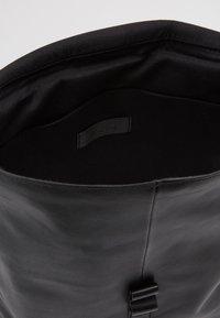 Zign - UNISEX LEATHER - Batoh - black - 4