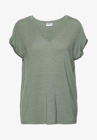 Vero Moda - VMAVA V NECK TEE - T-shirts basic - laurel wreath - 0
