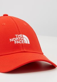 The North Face - CLASSIC HAT - Cappellino - fiery red - 2