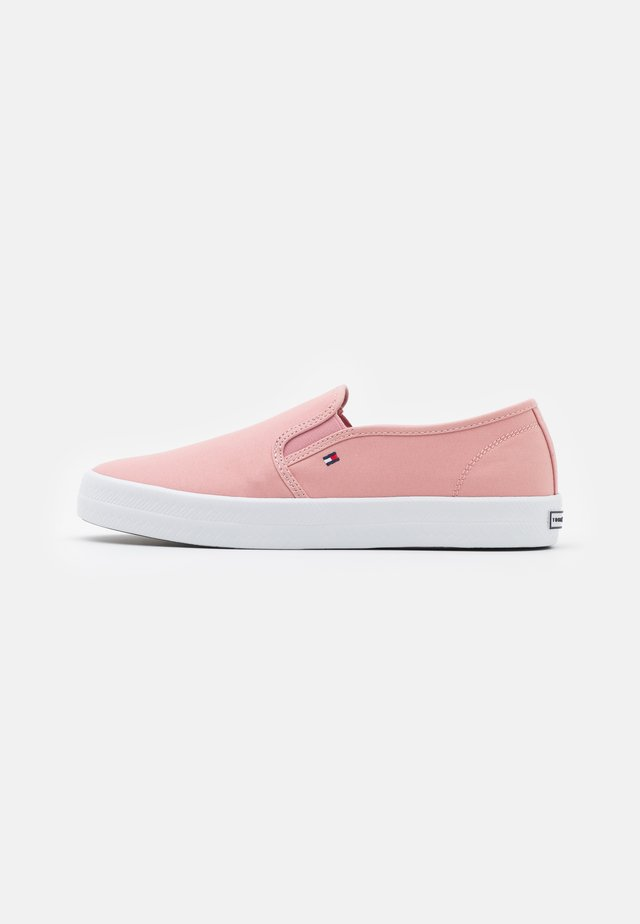 ESSENTIAL NAUTICAL - Zapatillas - soothing pink