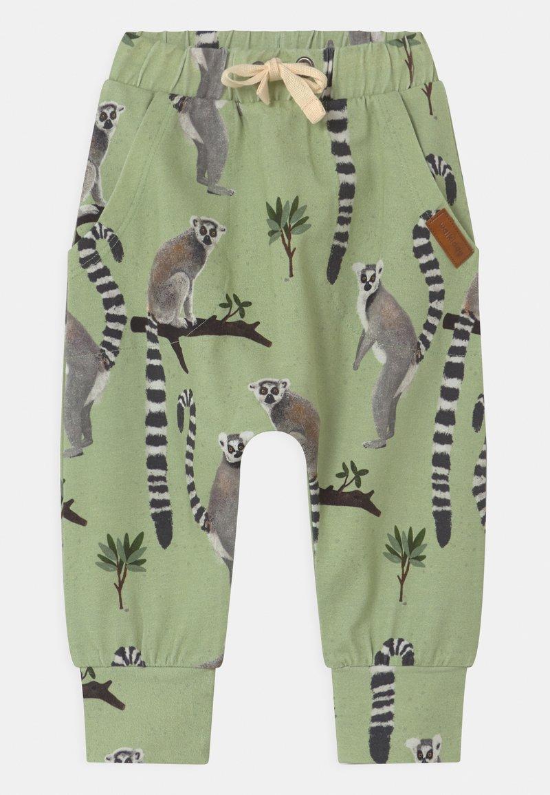 Walkiddy - LEMUR BAGGY - Trousers - green