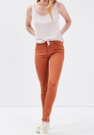 BONOBO  - Jeans Skinny Fit - marron clair