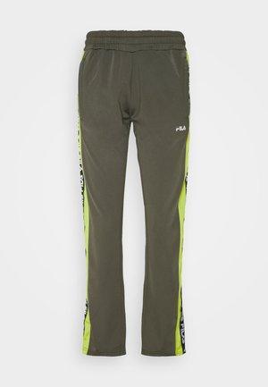 TAOTRACK PANTS OVERLENGTH - Spodnie treningowe - grape leaf