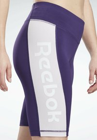 Reebok - LINEAR LOGO FITTED SHORTS - Sports shorts - purple - 3
