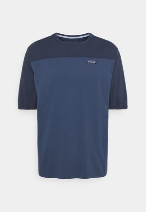 CONVERSION TEE - T-shirt imprimé - stone blue