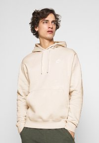 Nike Sportswear - CLUB HOODIE - Luvtröja - light bone/white - 0