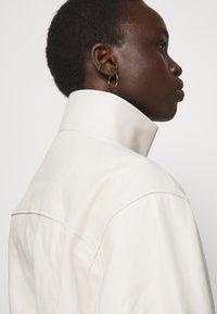 Proenza Schouler White Label - LIGHTWEIGHT DRAWSTRING WAIST JACKET - Leather jacket - ecru - 5