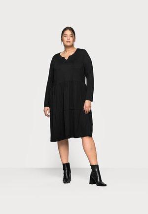 PATRI DRESS - Žerzejové šaty - black deep