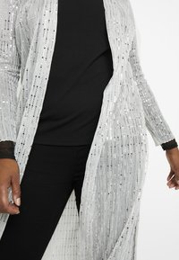 Evans - SPARKLE KIMONO - Summer jacket - silver - 5