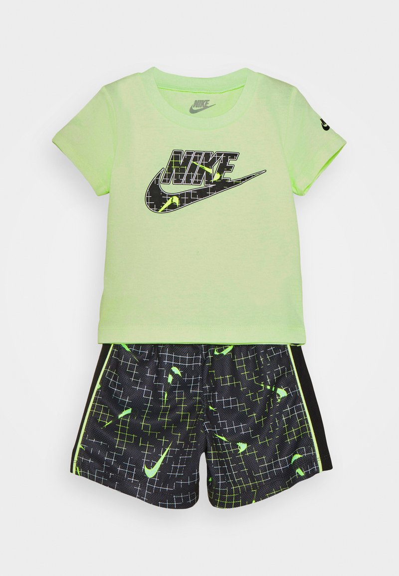 Nike Sportswear - GLOW IN THE DARK SET UNISEX - T-shirt z nadrukiem - black
