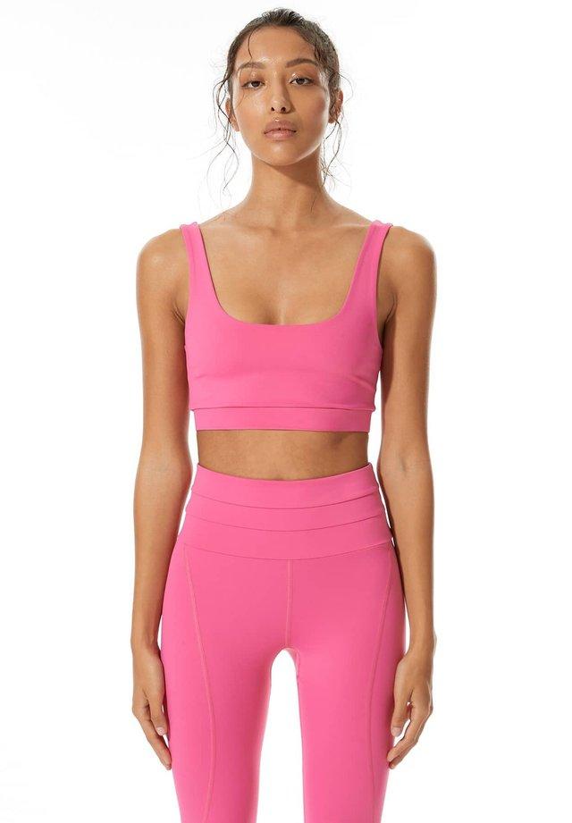 Urheiluliivit - pink